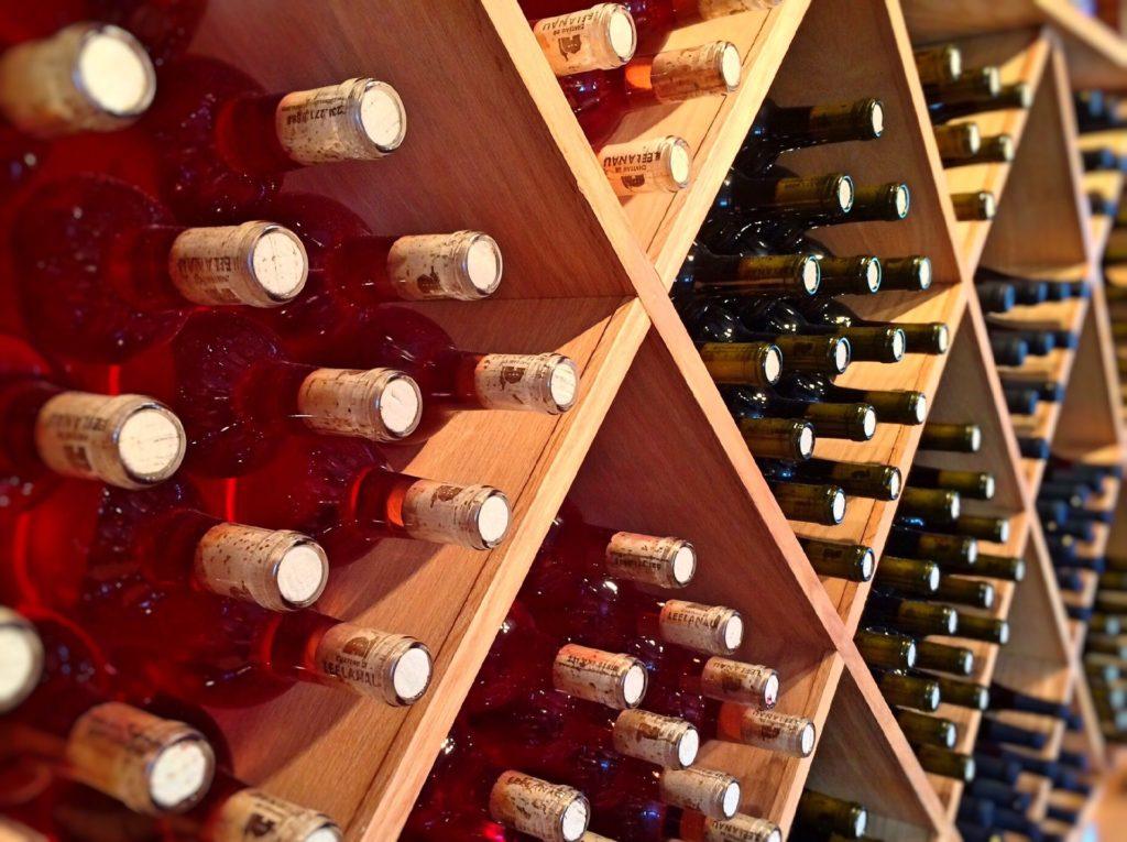 Comment bien choisir sa cave à vin ?